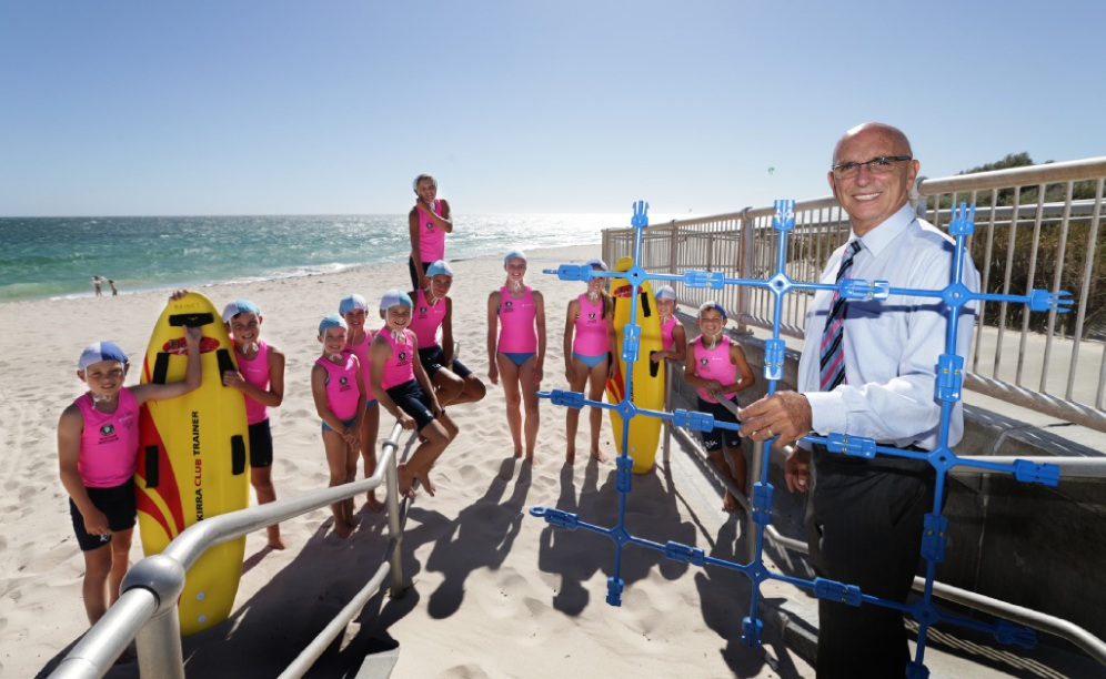 MLA John Quigley with Quinns Mindarie Surf Life Saving Club members. Picture: Martin Kennealey www.communitypix.com.au   d450468