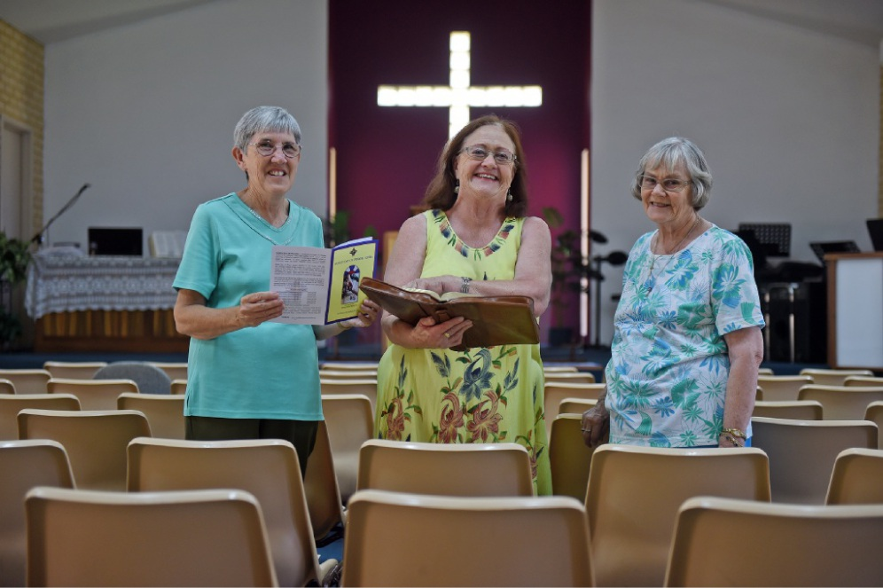 In our prayers... Bev Southcott, Bridget Humble and Brenda Brereton. Picture: Jon Hewson        www.communitypix.com.au   d450016