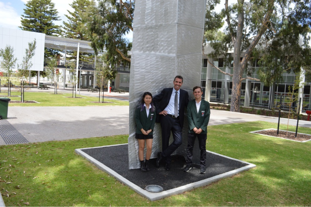 Education Minister Peter Collier with Year 10 Applecross SHS students Kathy Deng and Daniel de Lima.