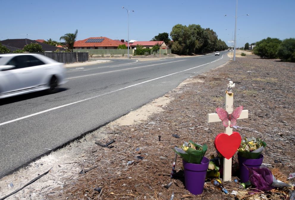 A shrine marks the spot where the fatal accident occured. d451040