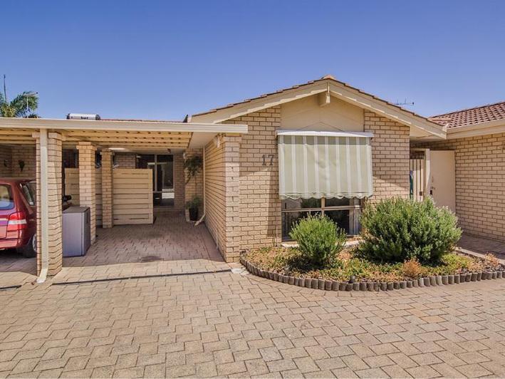 Rockingham, 17/5 Merope Close – $265,000