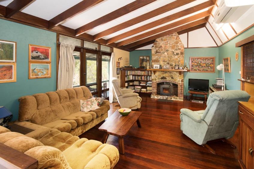 Naturaliste, 9 Bruce Road – $1.25 million