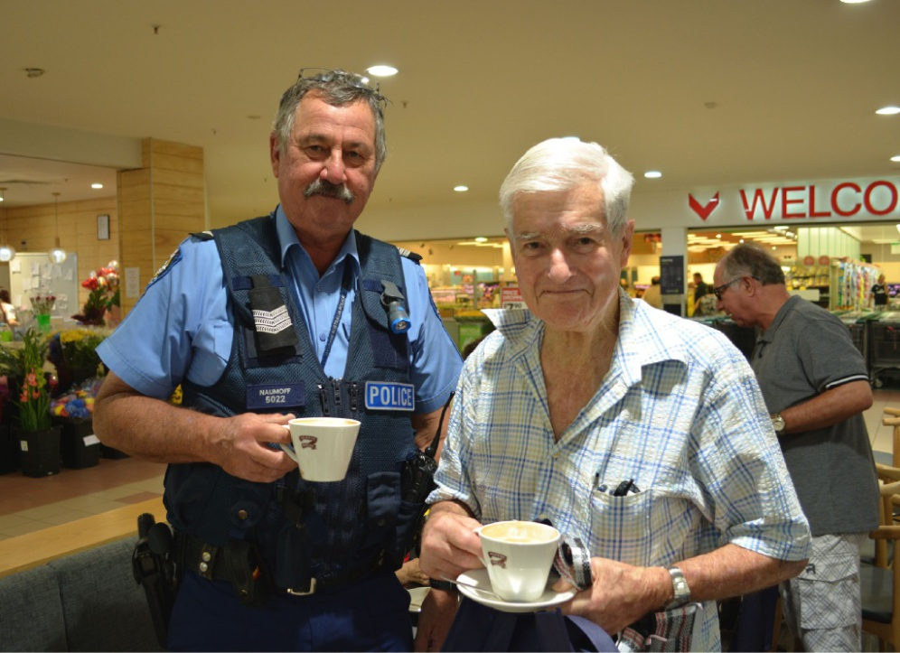 Dianella Sergeant Mike Naumoff and Coolbinia resident Talbot Bashall. Picture: Toyah Shakespeare