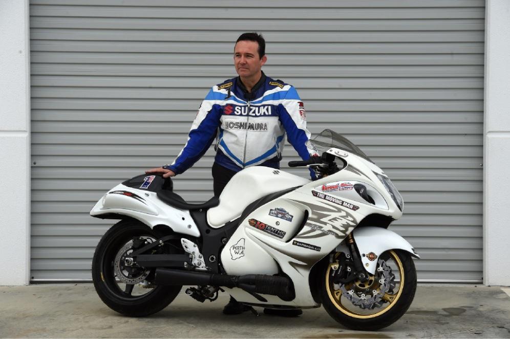 Motorcyclist Ian Read. Picture: Jon Hewson www.communitypix.com.au   d439413
