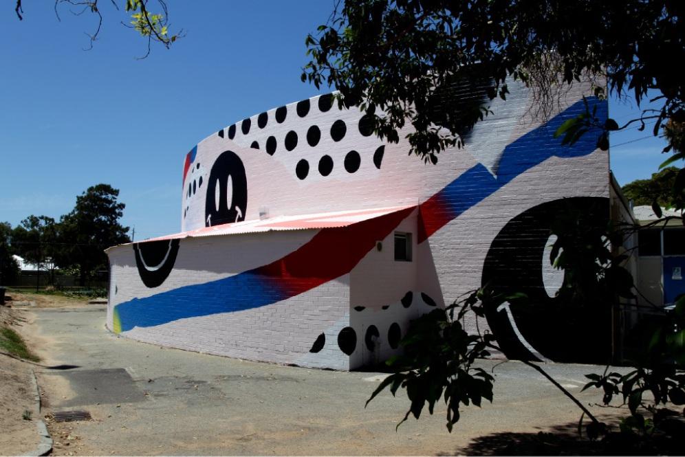 The new mural on North Fremantle Community Hall. Picture: Marie Nirme www.communitypix.com.au   d448502