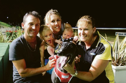 Illusive Dreama, fastest qualifier for the Dawesville Cup final, with Ron McLennan, Tessa, Steph McLennan, Zavier,and  Kylie McLennan.