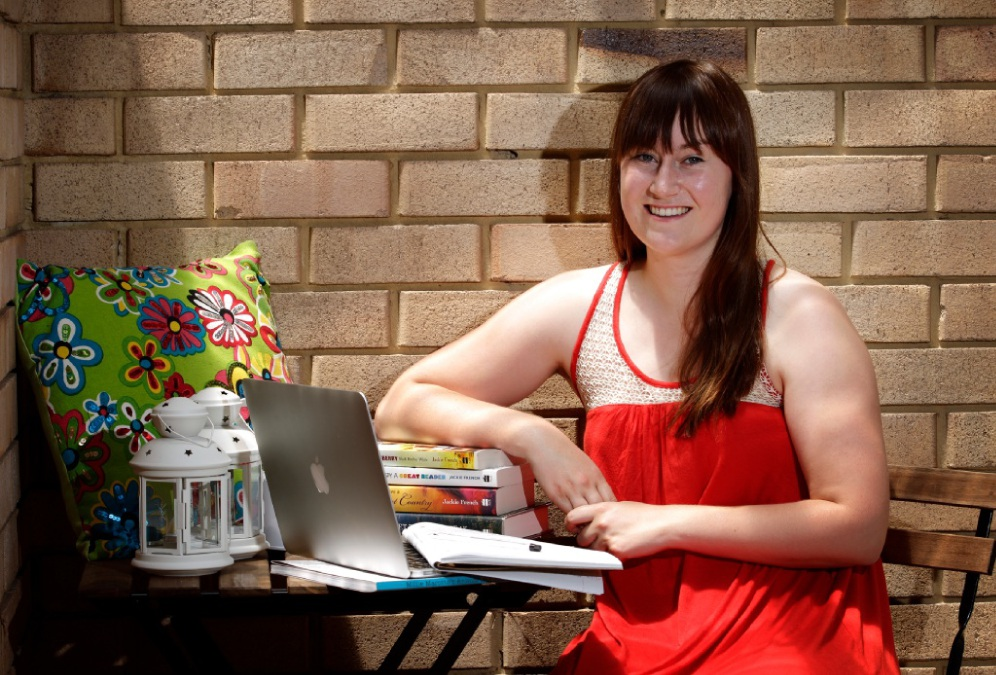 Writer Katie McAllister at home in South Perth. Picture: Marie Nirme        www.communitypix.com.au   d449170
