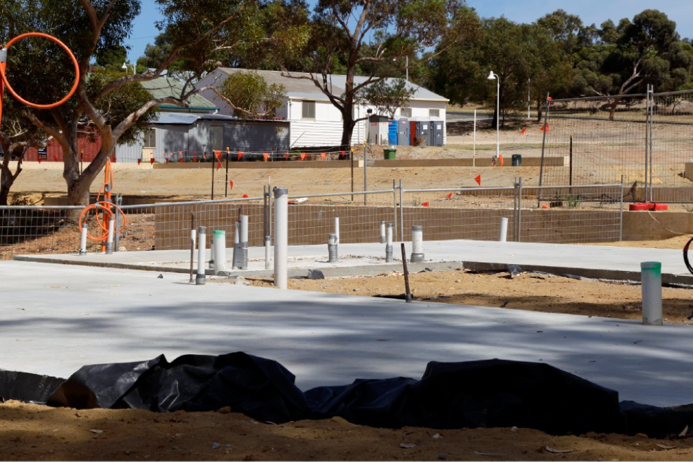 Work has started on the Gen Y Demonstration Housing Project. Picture: Marie Nirme www.communitypix.com.au   d448591
