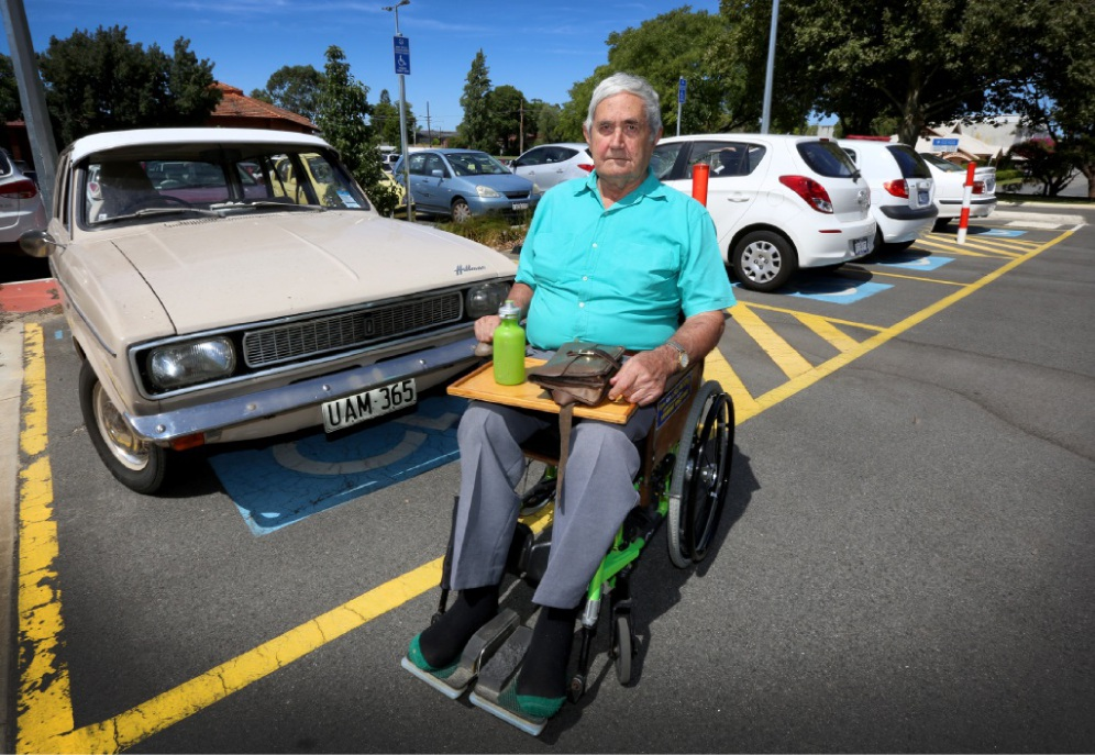 Disability access advocate Peter Harris. Picture: Matt Jelonek www.communitypix.com.au  d448463