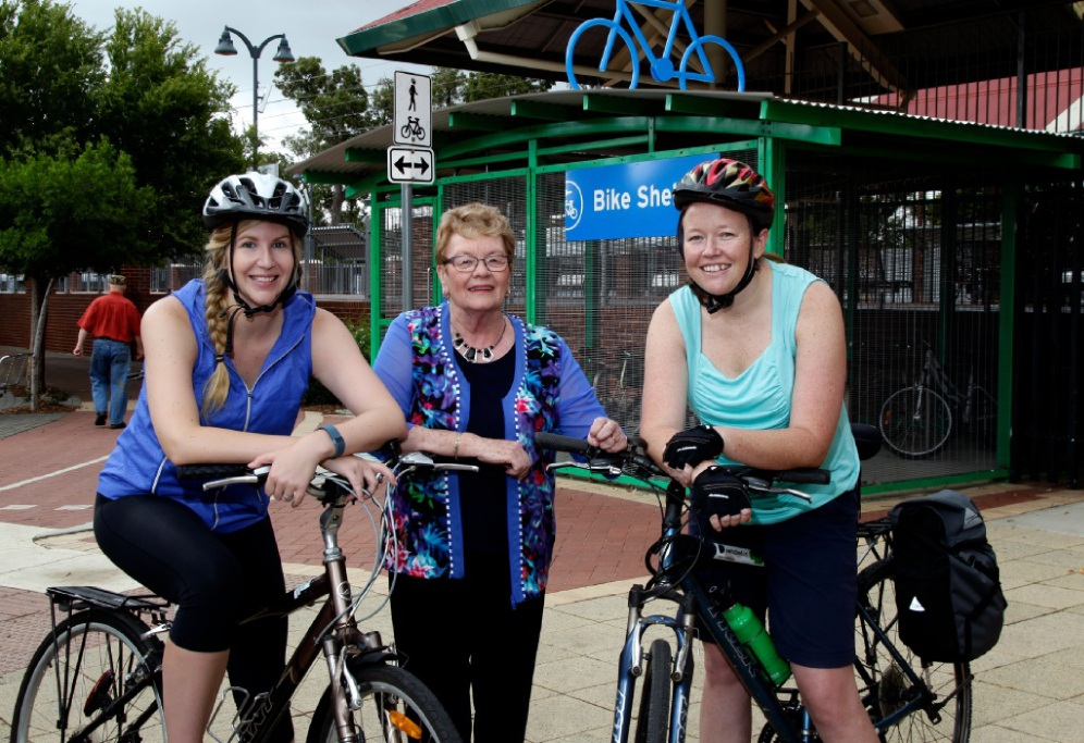 City of Gosnells Mayor Olwen Searle with cyclists Peta Denham and Kerry Mazzotti at Gosnells train station. Picture: Marie Nirme  www.communitypix.com.au   d448547