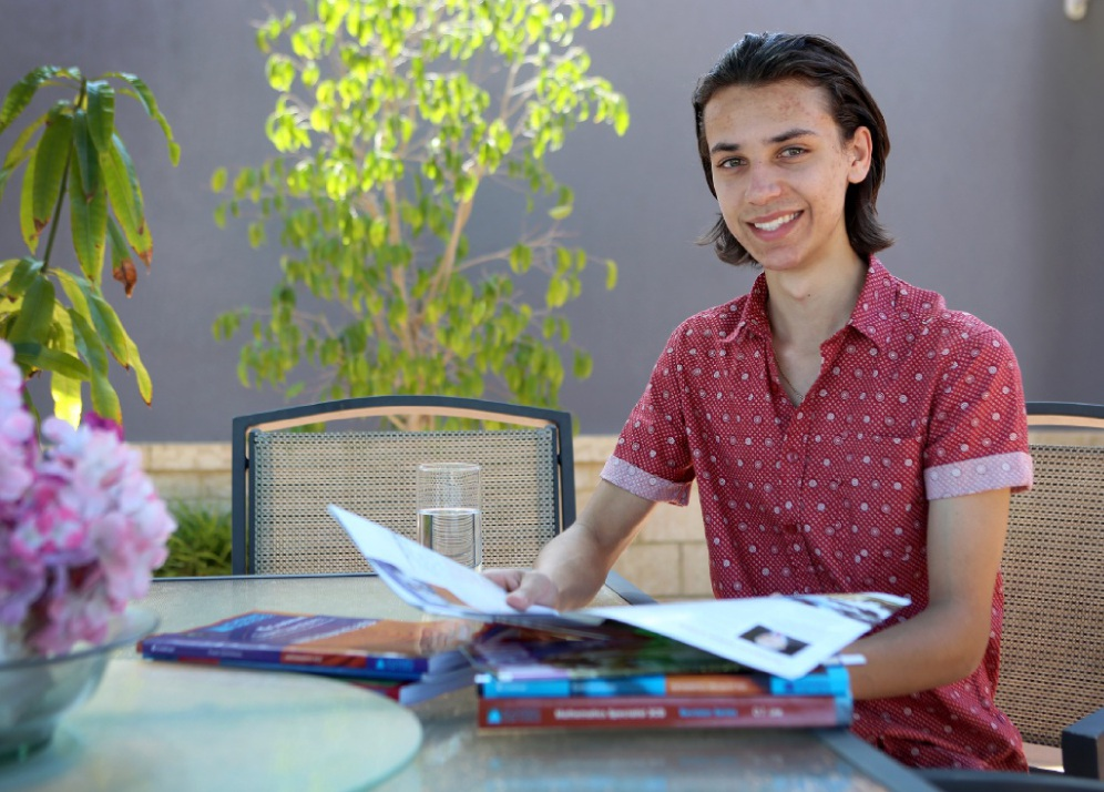 Michael Anderson plans to study computer engineering at UWA this year.  Picture: Matt Jelonek www.communitypix.com.au   d448267