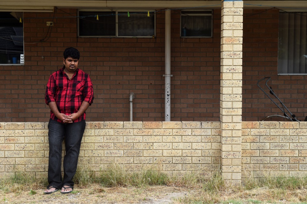 Nathan lost $4000 to online scammers. Picture: Jon Hewson www.communitypix.com.au   d447383