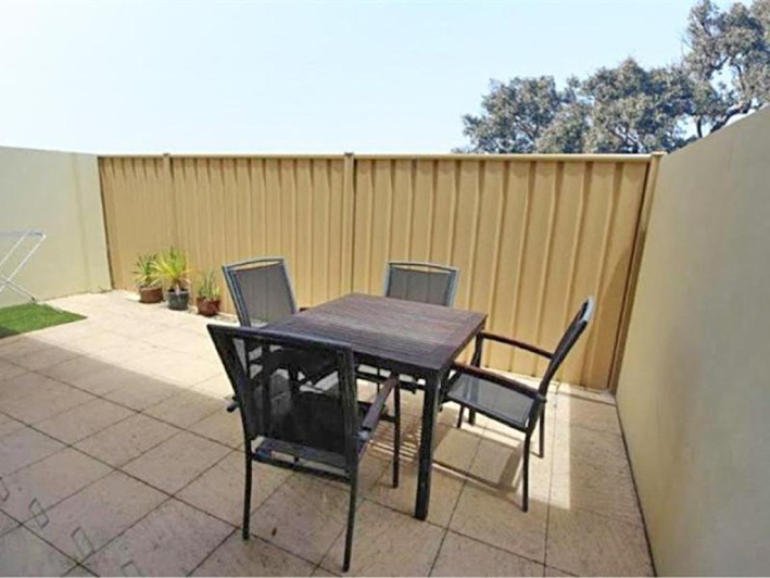 South Perth, 3/348 Mill Point Road – $399,000