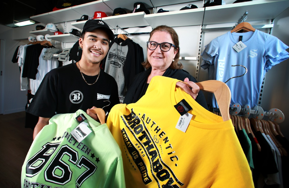 Amanda Healy with Jesse Wynne, clothing manager for Brothaboy. Picture: David Baylis        www.communitypix.com.au   d453320