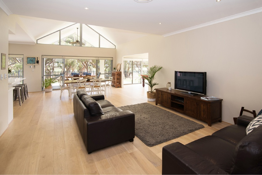 Dunsborough, 16 Indooroopilly Crescent – $795,000