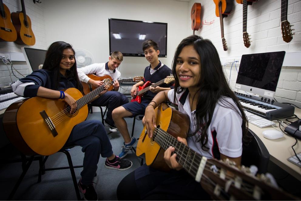 Leeming Senior High students find workshop with Eskimo Joe singer strike a chord