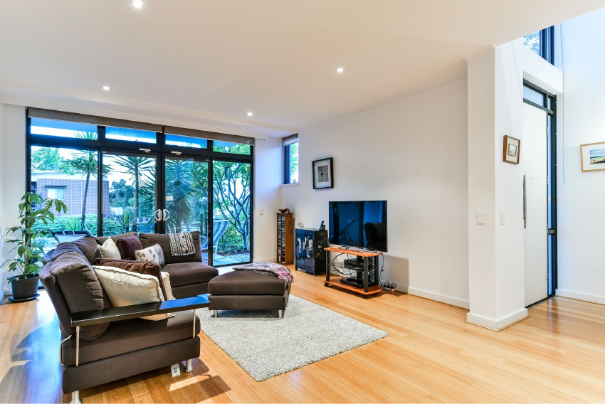 Nedlands, 34 Lupin Hill Grove – Low $1.3 millions