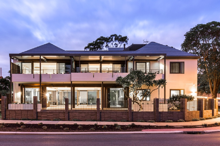 Claremont, 59 Victoria Avenue – Auction Saturday May 14 at 11:30AM