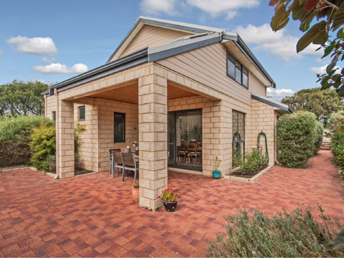 Coodanup, 23B Nairn Road – From $379,000