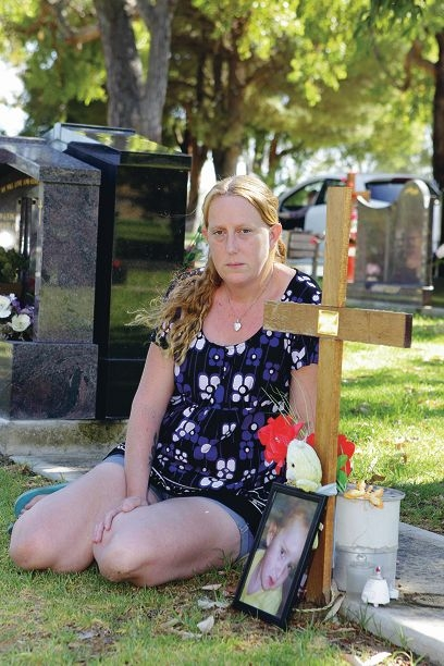 Amanda Jones says she has exhausted every avenue to buy a headstone for her young daughter's grave in Fremantle Cemetery. Picture: Martin Kennealey www.communitypix.com.au d396550