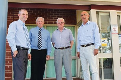 Health Minister Kim Hames, Liberal candidate for Central Wheatbelt Stephen Strange, York doctor Duncan Steed and Member for the Agricultural Region Jim Chown.