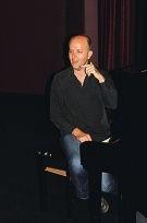 Conductor Chris van Tuinen.