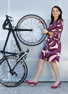 Cycling to give youth a clean bill of health: Enjo Australia founder Barb de Corti.