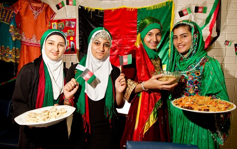 l-r) Mursal Rajavi, Farah nazamyar, Husna Gran and Tabassum Assadullah get into the spirit of Harmony Day