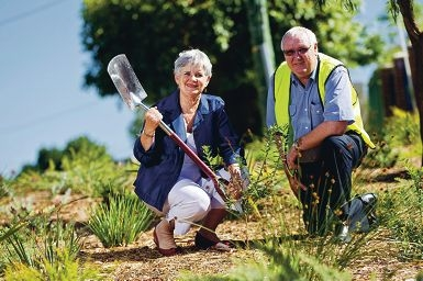 South Perth Mayor Sue Doherty with park support officer Trevor Dalziel in a waterwise garden. Throw a Neighbour Day party and win a waterwise verge just like this..