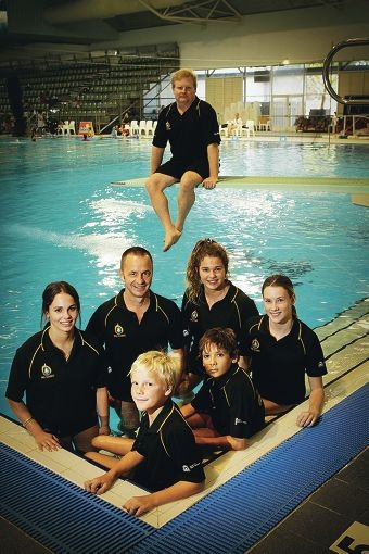 Front left to right: Owen Crofts, Elijah Juhas and Kathleen Sullivan; back left to right: Sarah Watson, Warwick Norman, Wembley, Alex Finlay-Jones and coach Mike Tinley in background. Picture: Andrew Ritchie www.communitypix.com.au d397223
