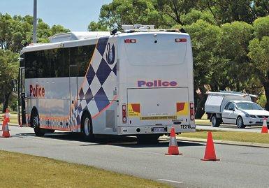 A booze bus in action. Picture: Elle Borgward www.communitypix.com.au d397150