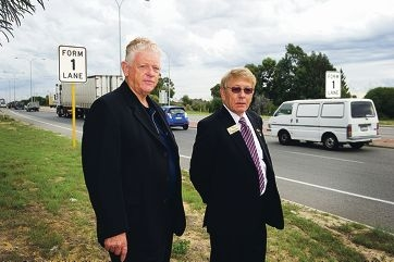 From Left: Cr. Rudi Steffens, Cr. Norm Hewer have been pushing for the upgrade of Wanneroo Road to become a dual carriageway from Joondalup Drive to Hall Road to be included in the next State budget)