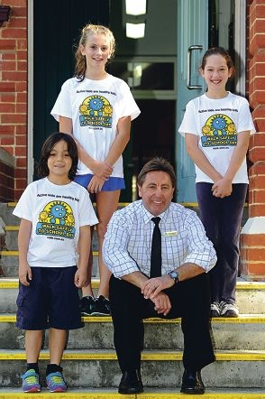 South Perth Primary School acting principal Daryl Mansfield with students, from left, Cha Cha Khor, Annie Morris and Hannah Claux. Picture: Marcus Whisson d400603