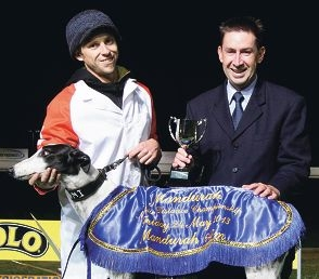 Pedro's Finest edges out Magpie Bob (top). Handler Jarrod Waters and Greyhounds WA's Dennis O'Brien with Pedro's Finest (above).