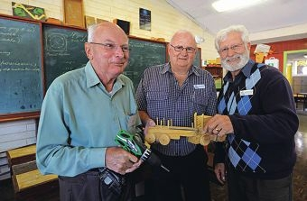 Robert Burton and Ron Tompkin, of the Men's Shed, and Bob Sjepcevich, from Como Secondary College.d401733
