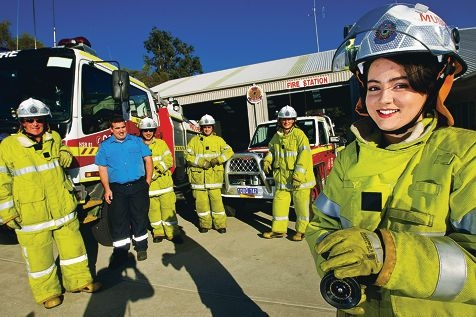 Volunteer firey Jennie McGowan (right) with colleagues Lawrey Richard, Daniel Heptinstall, Michael Lenne, Sean Cooper and Andrew Chan. Picture: Matthew Poon www.communitypix.com.au d402108