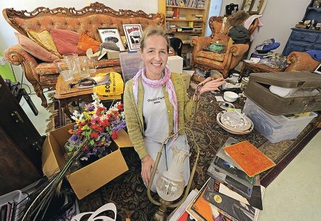 Annemarieke Horsten, is selling up and moving on. Picture: Elle Borgward www.communitypix.com.au d402596