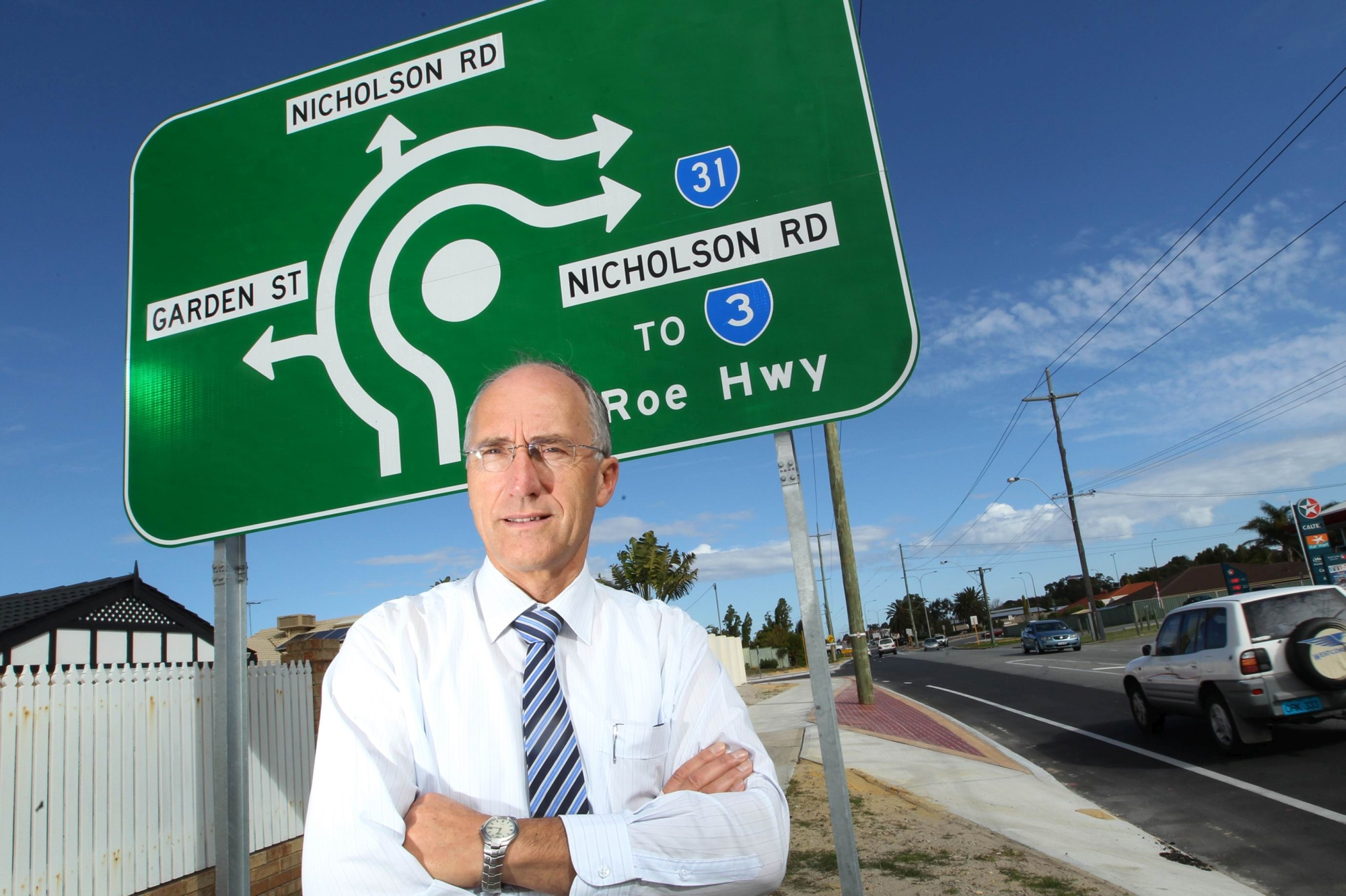 Southern River MLA Peter Abetz at the intersection, which he says is as dangerous as ever after roundabout upgrades. Picture: Marcelo Palacios www.communitypix.com.au d402786