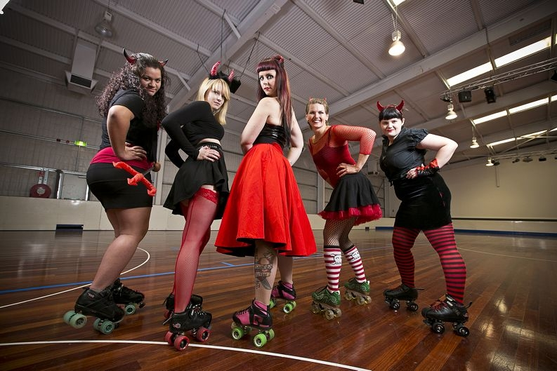 Sally King (Gossip Ghoul), Anna Orhrman (Ana Maul), club president Melissa O'Hara (Mosh), Anastasia Lee (White Russian) and Courtney Stevens (Singerella Slipper) Picture: Louise White www.communitypix.com.au d403307