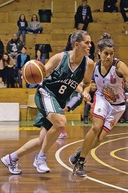 Wolves guard Sue Williams has become the first woman to play 500 SBL matches.
