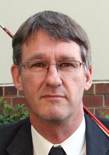 Guildford resident Andrew Kiely has called on City of Swan councillors to resign.