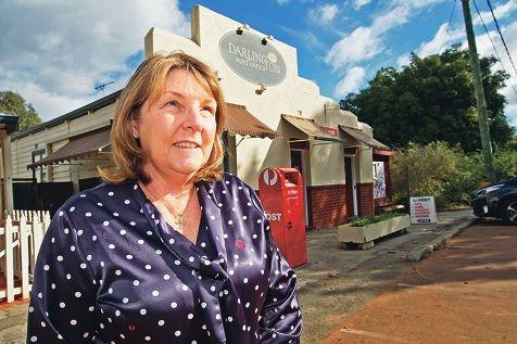 Donelle Wallis at the Darlington Post Office. Picture: Bruce Hunt www.communitypix.com.au d421311