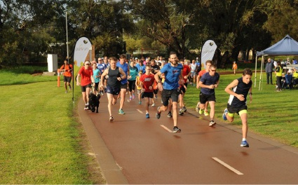 Woodbridge Reserve attracts hundreds for parkrun