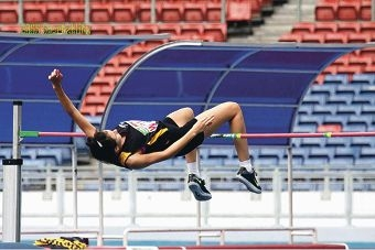 Jacqueline Pivac doing her winning jump in Kuala Lumpur.