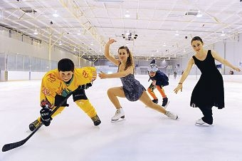 Ice hockey player Dillon Dewar, figure skater Sabrina Chiera, short track speed skater Ashley Anderson and synchronised ice skater Brianna Fleay. Picture: Marcus Whisson d408588