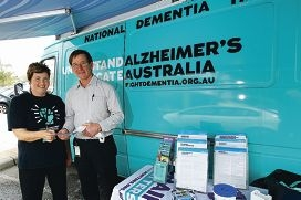 Alzheimer's Australia WA education officer Caroline Iannello with local resident Terry Thompson. Picture: Marcelo Palacios www.communitypix.com.au d408053