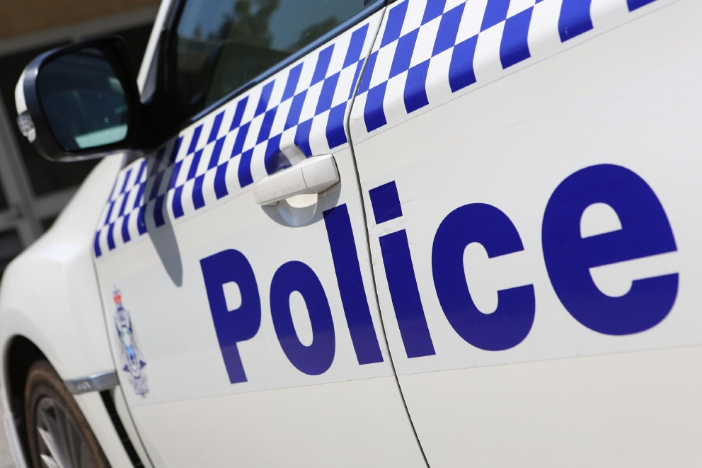 Bayswater police officer bitten by dog while conducting search of home