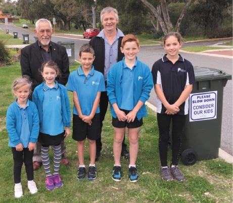 Cr John Chester and Greenwood Primary School board member John Logan with students Halle Duquemin, Ava Margaria, Tane Bowater, Bailey McCauley and Alyssa Argiropoulos.