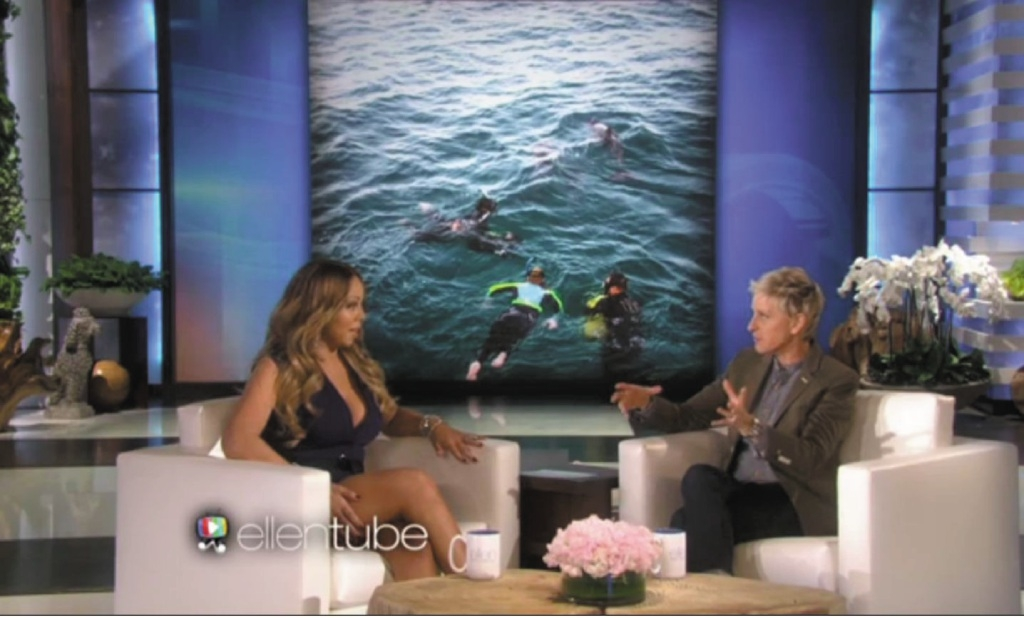 "Maria Carey talks to Ellen DeGeneres about the ""best experience"" of her life - swimming with dolphins in Rockingham."