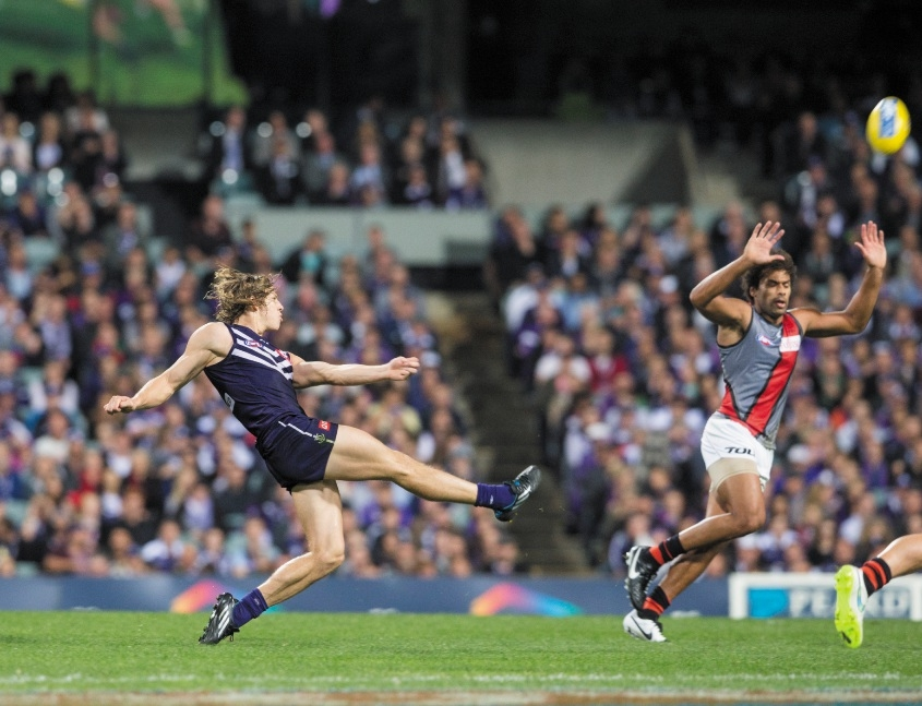 In 2015, Fyfe is averaging 30 disposals per game, 18 of which are contested. Picture: Dan White
